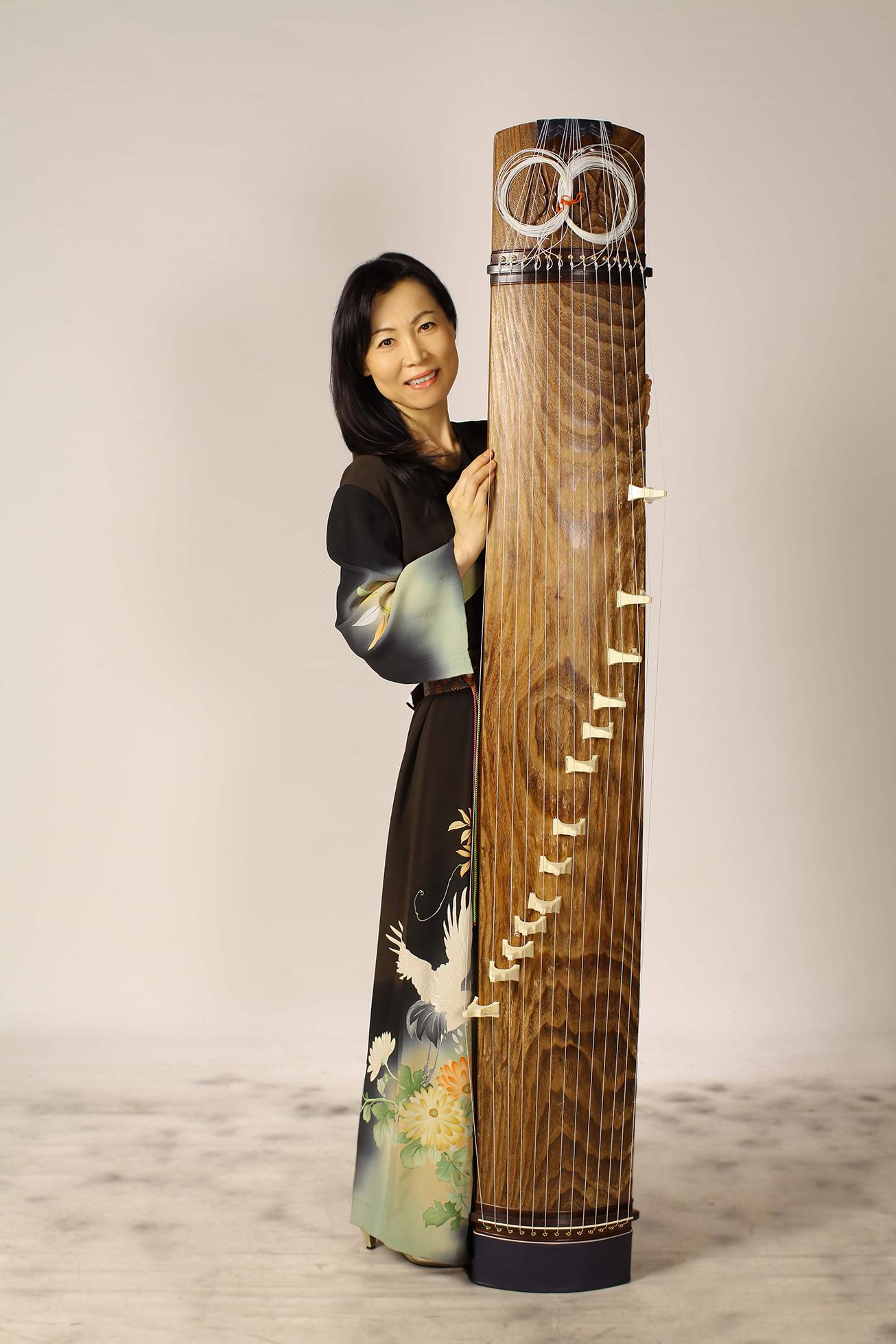 Atsuko SUETOMi
